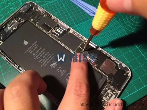 深圳苹果手机维修点教你如何给iPhone6plus换电池?