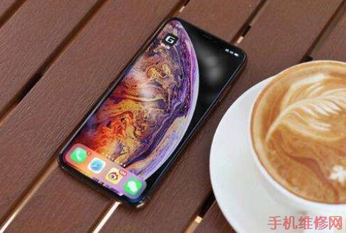 南京苹果维修点告诉你iPhone动态壁纸怎么设置?苹果XS Max设置live photo方法-手机维修网
