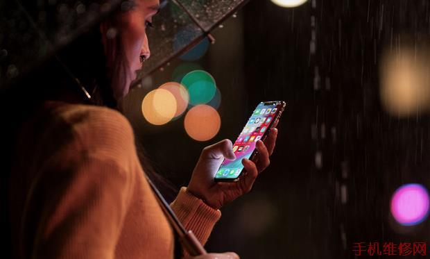 iPhone XS有耳机孔吗?支持无线充电功能吗?无锡苹果维修点为你解答-手机维修网
