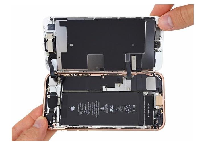 长沙苹果维修点:iPhone电池故障有哪些反应?苹果手机换电池多少钱?