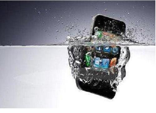 广州苹果维修点教你如何正确处理iPhone6 Plus听筒进水?