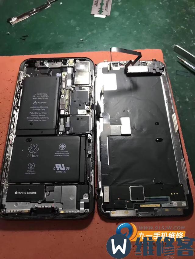 无锡苹果维修点教你iPhone X手机进水了应该怎么紧急处理?