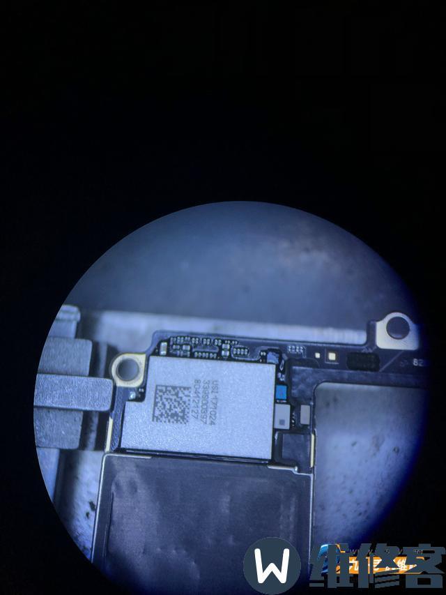 杭州苹果手机维修点分享iPhone 8Plus手机碎屏维修流程
