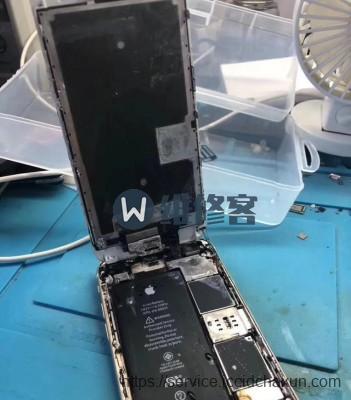 武汉苹果官方售后维修点告诉你手机进水后该怎么办?